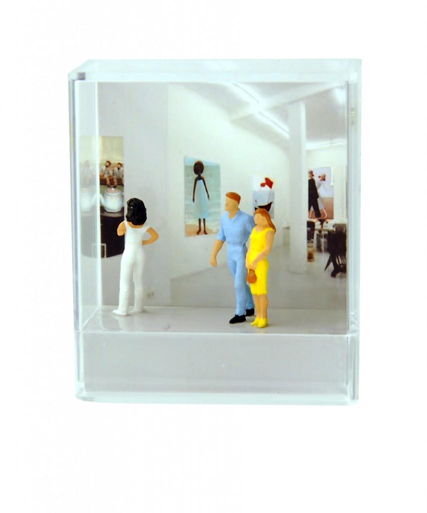 femkusdioramas-gallerygirl#7